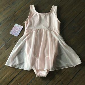 Just Imagine Costumes - NWT Just Imagine M 8/10 pink leotard/dance wear